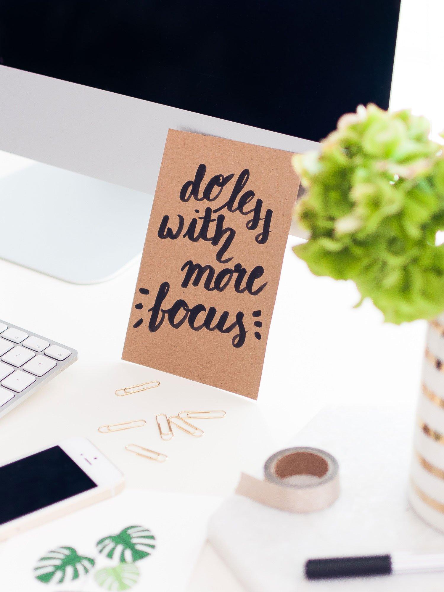 Welche 3 Fehler du bei deiner To-Do-Liste unbedingt vermeiden solltest + kostenloser Tagesplaner zum Download! #tagesplaner #todoliste #planer #organisation #produktivität #selbstständig #freelancer #homeoffice #freebie #kostenlos