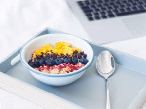 Brainfood: Gutes Essen, gute Leistung? #Büro #Essen #mitnehmen #gesund #kalt #schnell