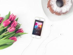 8 Spotify Hörbücher für mehr Selbstbewusstsein & Mut auf vanilla-mind.de #Achtsamkeit #Selbstbewusstsein #Mindset #innereStärke #Mut