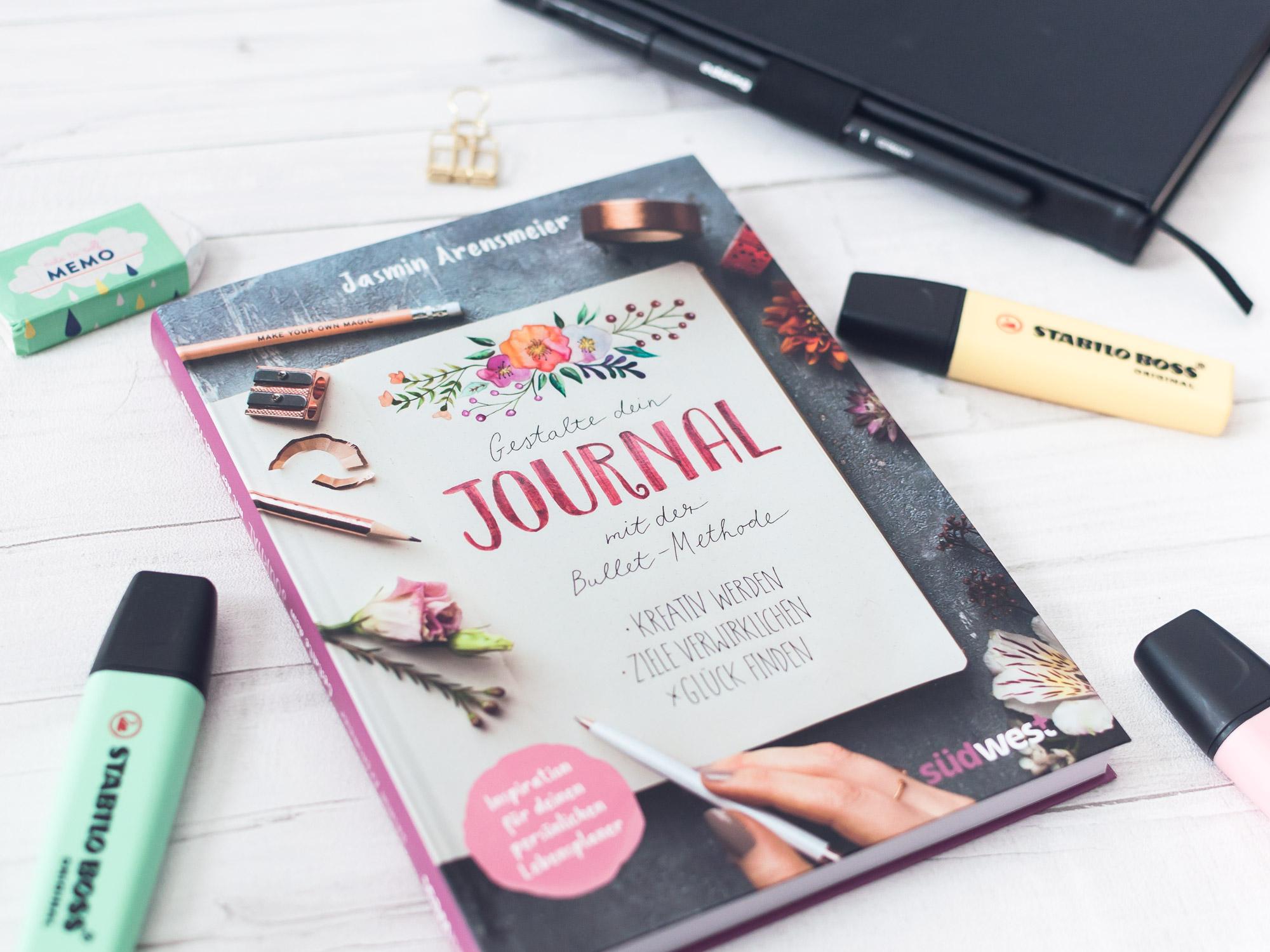"""""""Gestalte dein Journal mit der Bullet Methode"""" von Jasmin Arensmeier. Südwest Verlag. Ideen und Anleitungen für dein #bulletjournal #anleitung #anfänger #ideen #inspiration #bujo #layout #setup #monatsseiten #übersicht"""