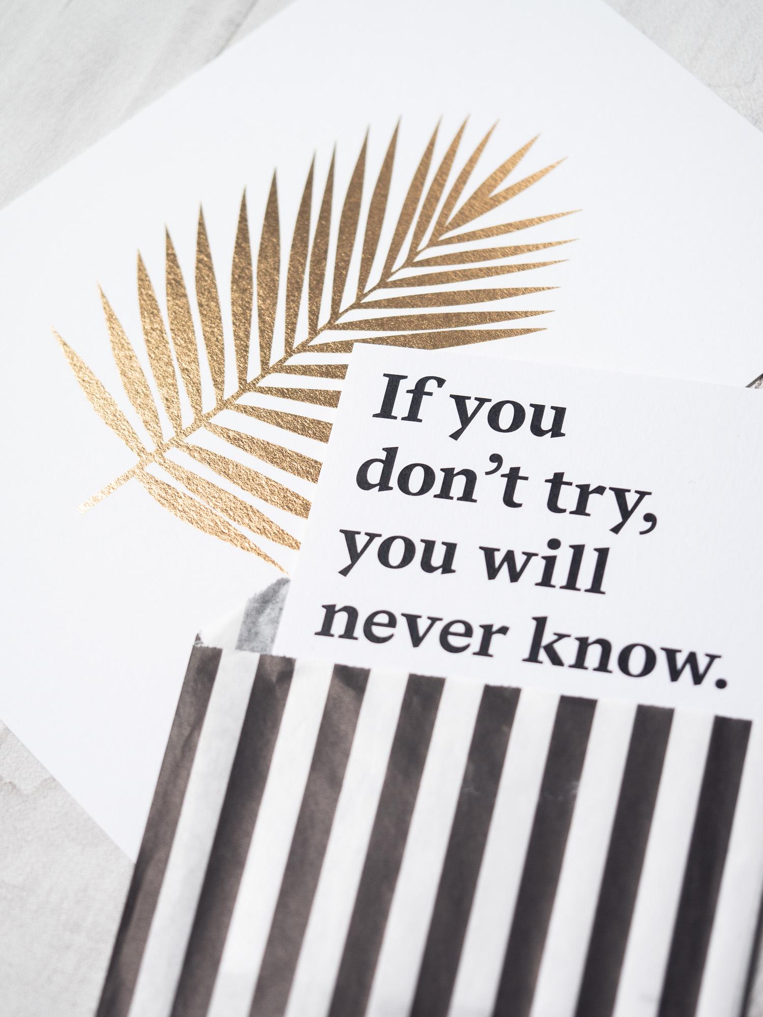 """""""Du musst nicht alles wissen, aber die Bereitschaft haben mutig nach Lösungen zu suchen."""" – Interview mit Cynthia Waeyusoh, Inhaberin von blackmoondesign. #Interview #Gründerin #Unternehmerin #Design #selbstständig #Mut #schüchtern #Komfortzone"""
