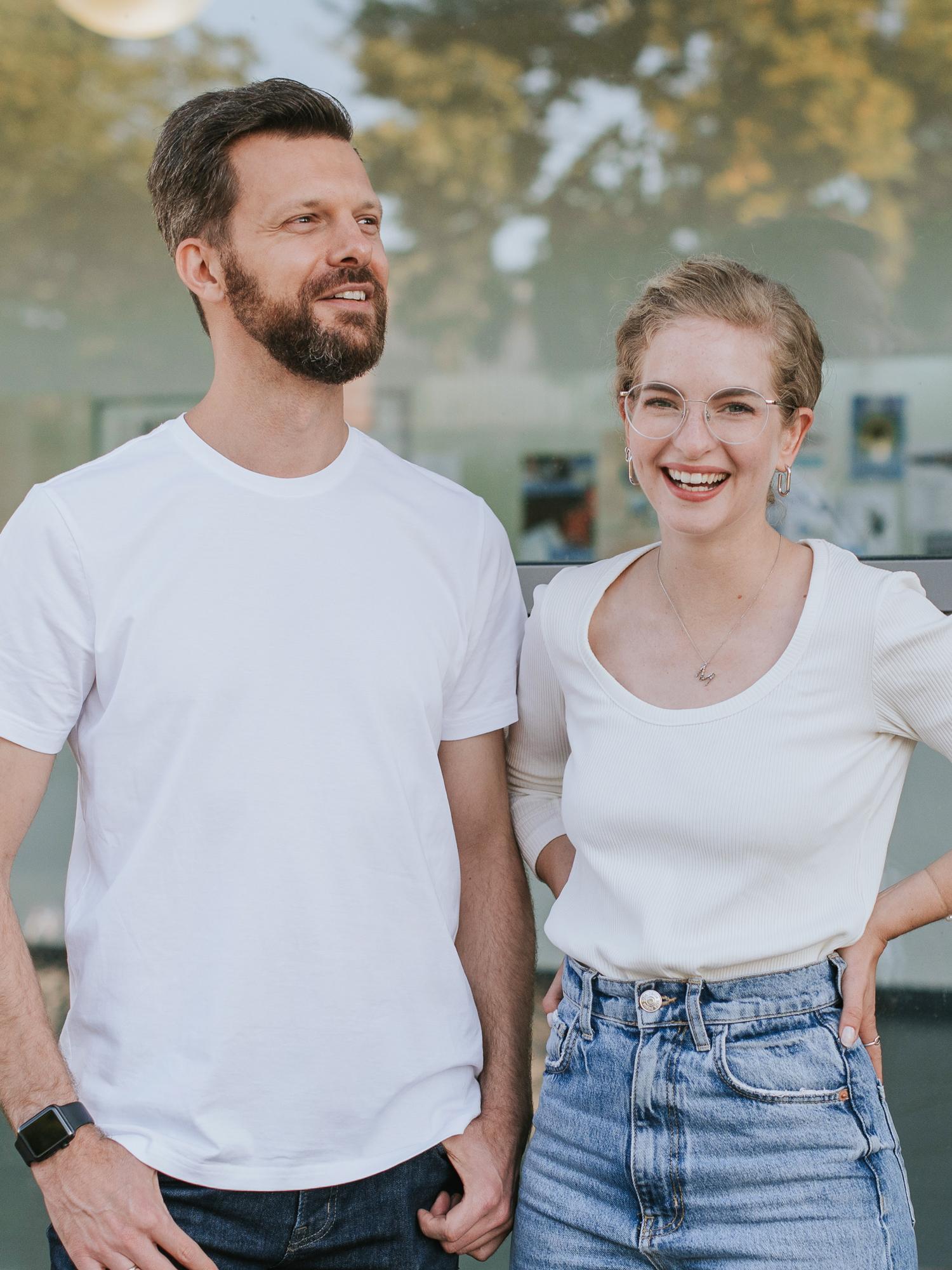 Still & Stark mit Melina & Timon: Wir zeigen introvertierten Menschen, wie sie in unserer lauten Business-Welt ihr Potenzial entfalten.